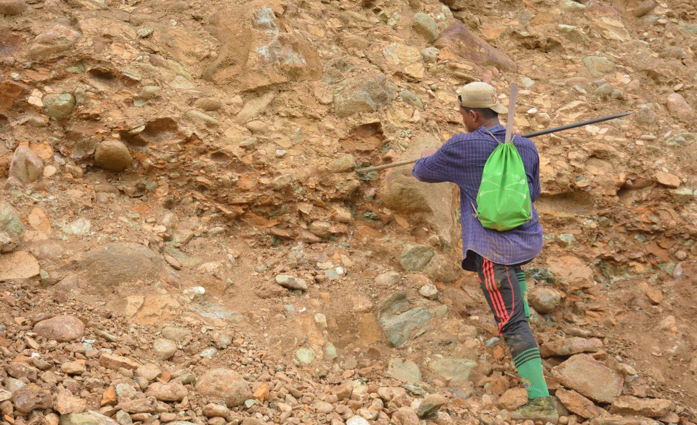 ဖားကန့်တွင် လက်လုပ်လက်စားများ လျှောက်လွှာများ စတင်လက်ခံနေ