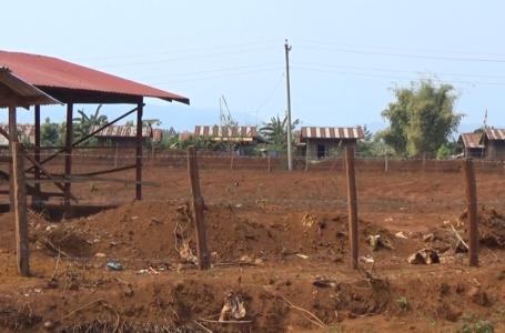 ငွေပျော်စံပြကျေးရွာ ဆေးရုံဆောက်ရန်နေရာတွင် ဘုန်းကြီးကျောင်းဆောက်နေမှုကို ယာယီရပ်ခိုင်းထား