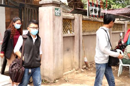 Covid-19 ပညာပေးပန်းချီရေးဆွဲမှုကြောင့် တရားစွဲခံရသူ ၃ ဦးအာမခံရရှိ