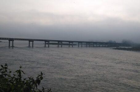 တနိုင်း တရုန်(Tarung) ချောင်းကူးတံတား ည ၆ နာရီ ဂိတ်ပိတ်မှုကို ဒေသခံများမလိုလား