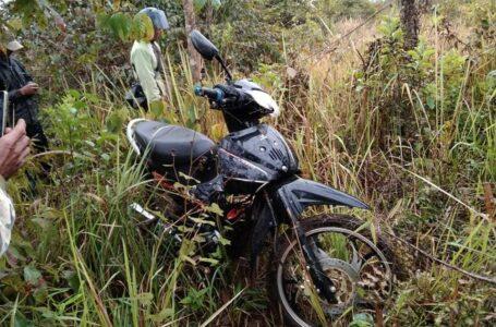 နမ်ကျင် ကျေးရွာအထက် လမ်းဘေးတောတစ်နေရာတွင် အမျိုးသမီးတစ်ဦး ဦးခေါင်းပြတ် သေဆုံးနေ
