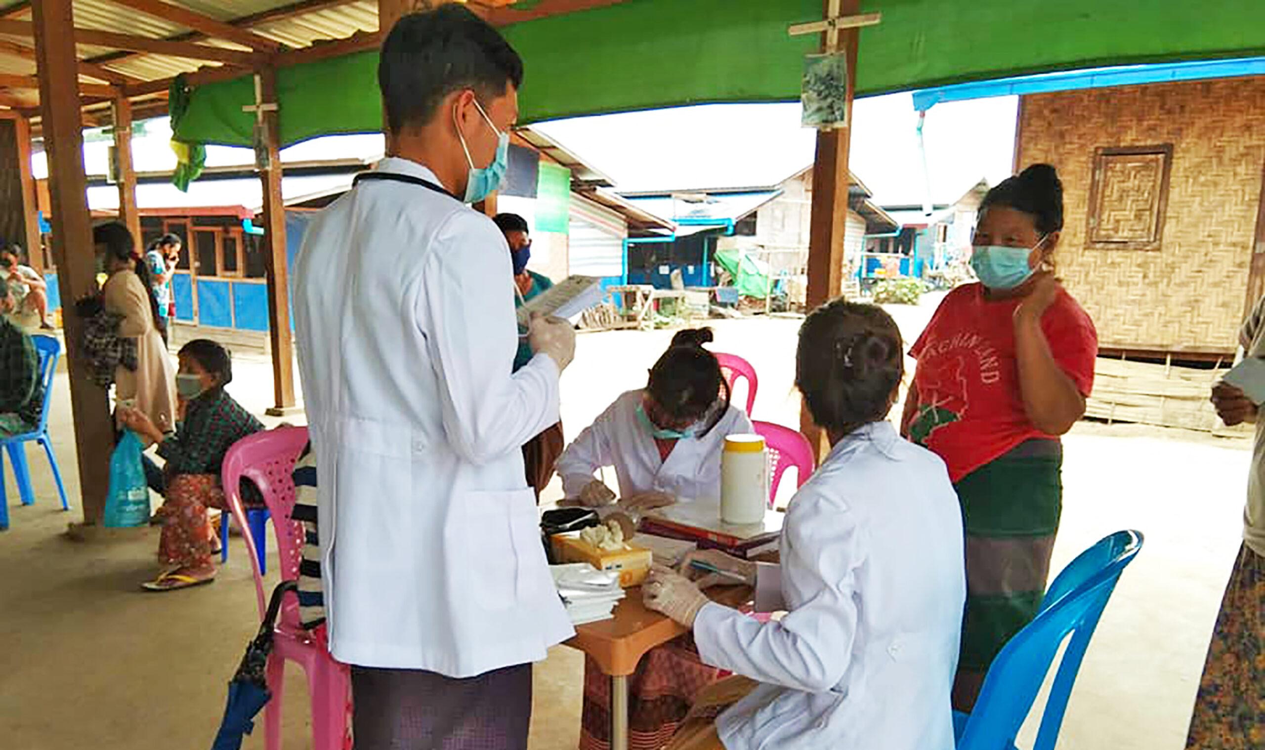 ကချင်စစ်ရှောင်များအတွက် ဆေးဝါးအကူညီများလိုအပ်နေ
