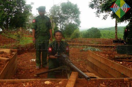 ဒေါ့ဖုန်းယန်မြို့နယ်ခွဲတွင် ဖြတ်သန်းသွားလာသူများကို အာဏာသိမ်းစစ်တပ်မှ စစ်ဆေးနေ