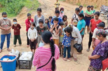 မုံးကိုး စစ်ရှောင်များ ရိက္ခာသယ်ယူခွင့်မရသဖြင့် ရက်ပိုင်းအတွင်း အစားအသောက်ပြတ်လပ်တော့မည်