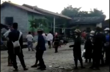 တိုက်ပွဲကြောင့် မုံးကိုးဘက်ကို စျေးလာဝယ်တဲ့ ဖောင်းဆိုင်ဒေသခံတွေ အပြန်လမ်းပိတ်
